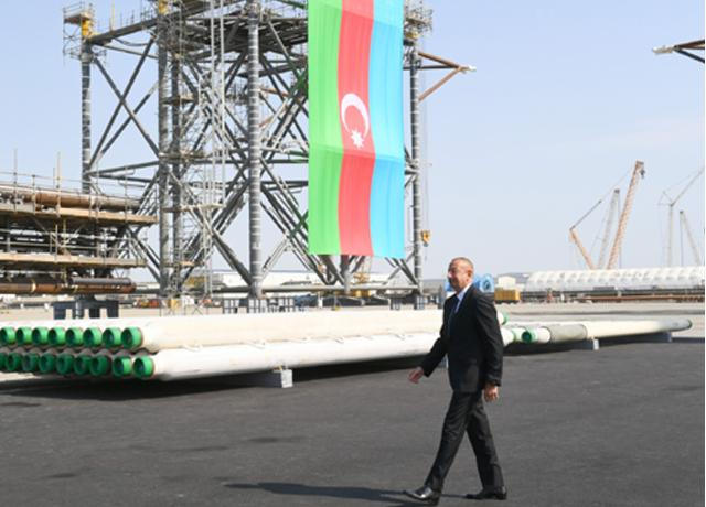 Ilham Aliyev attended groundbreaking ceremony of Absheron field offshore operations -PHOTO=32